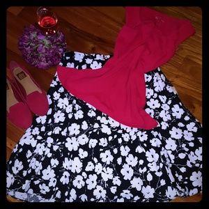 EUC Black and Cream Coloured Swing Style Skirt